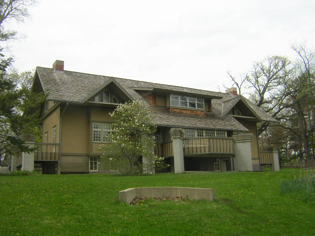 Colonel George Fabyan House, Batavia, Illinois, remodeled by Frank Lloyd Wright